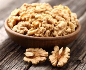walnuts-__Dionisvera_-_Fotolia_large